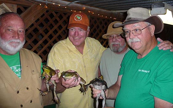 Huell Howser gets ready for the frog jump. Calaveras County Fair & Jumping Frog Jubilee, Angels Camp
